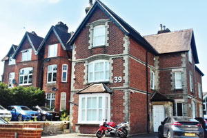 epsom road in guildford serviced offices to let